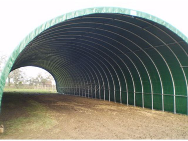 Abri de stockage tunnel pvc grande surface mat riel agricole ou industrie contact france abris - Tunnel agricole occasion ...
