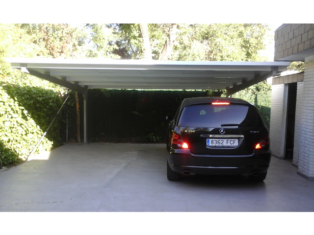 abris voiture et carport m tallique contact europa prefabri. Black Bedroom Furniture Sets. Home Design Ideas