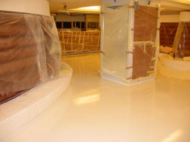 application de rev tements en r sine epoxy auto lissant contact resine 78. Black Bedroom Furniture Sets. Home Design Ideas