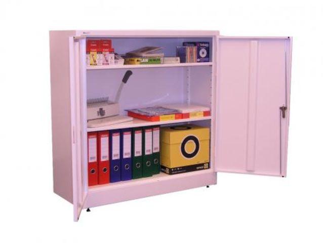 armoire basse m tallique porte battante contact rangestock. Black Bedroom Furniture Sets. Home Design Ideas