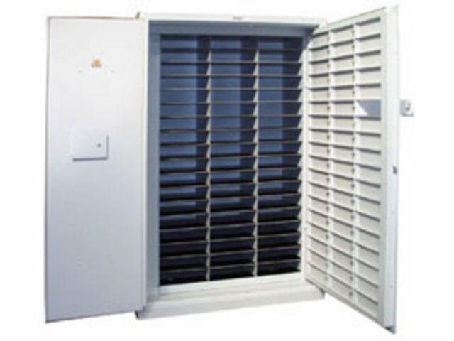armoire pour la protection des armes nc pm contact c s a. Black Bedroom Furniture Sets. Home Design Ideas