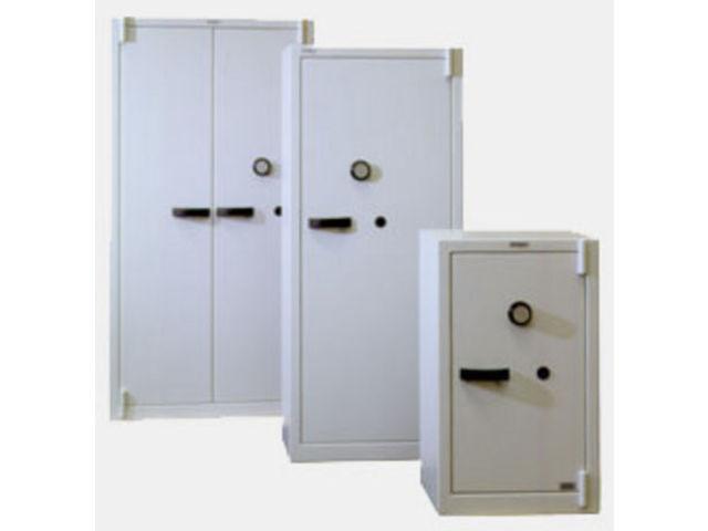armoires de s curit contact c s a conforti coffres forts. Black Bedroom Furniture Sets. Home Design Ideas