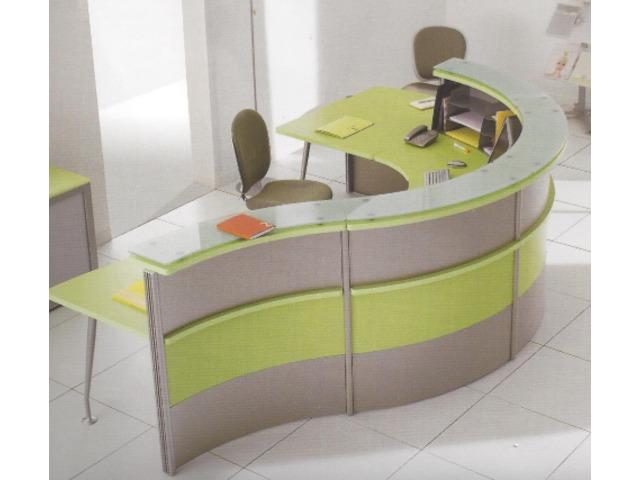 banque d 39 accueil design et modulable contact cloisy technologies. Black Bedroom Furniture Sets. Home Design Ideas