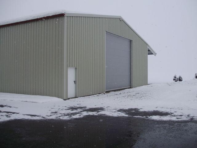 hangar monopente en kit slider with hangar monopente en kit with hangar monopente en kit. Black Bedroom Furniture Sets. Home Design Ideas
