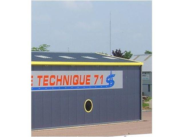 Elegant prix batiment metallique atelier commerce stockage for Cout d un architecte