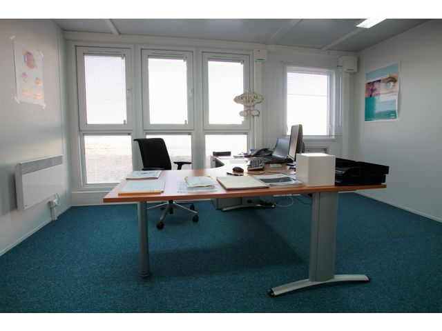 bureau modulaire ultima vision portakabin contact portakabin. Black Bedroom Furniture Sets. Home Design Ideas