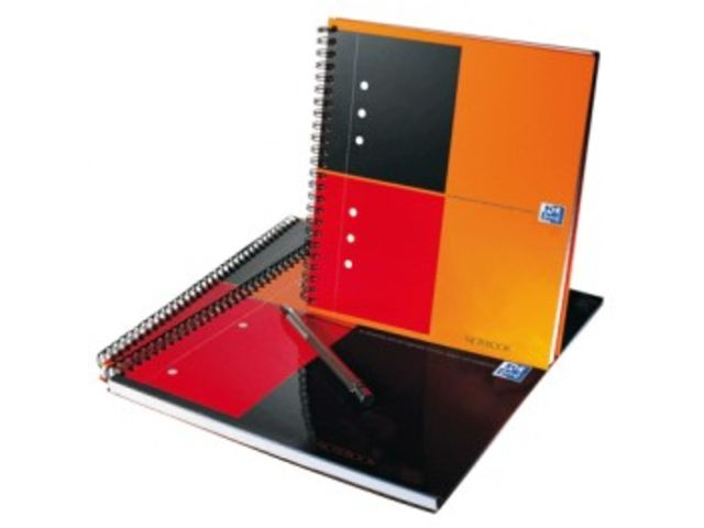 Cahier spirale Oxford Notebook A4+  petits carreaux  perforée 160 page 80g