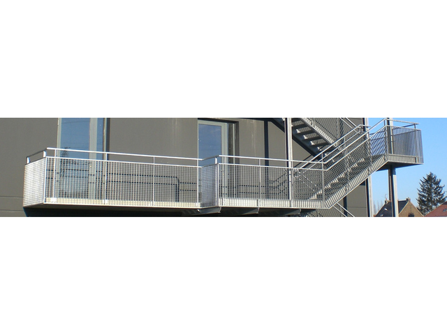 caillebotis 233 lectro forg 233 m 233 tallique pour marche d escalier contact jk technic
