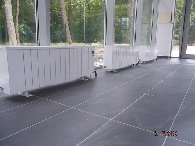 chauffage electrique radiateur inertie plinthe double paisseur 2400 w r f 24b09t2 contact. Black Bedroom Furniture Sets. Home Design Ideas