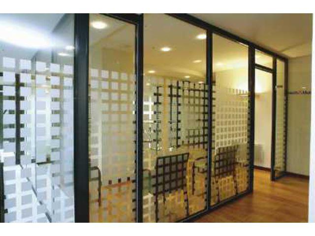 cloison verre et metal free ralisation duune cloison vitre sur mesure en mtal et verre. Black Bedroom Furniture Sets. Home Design Ideas