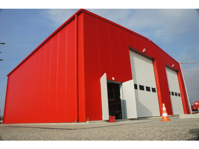 Construction batiment industriel structure m tallique contact abri and co - Construire un hangar metallique ...