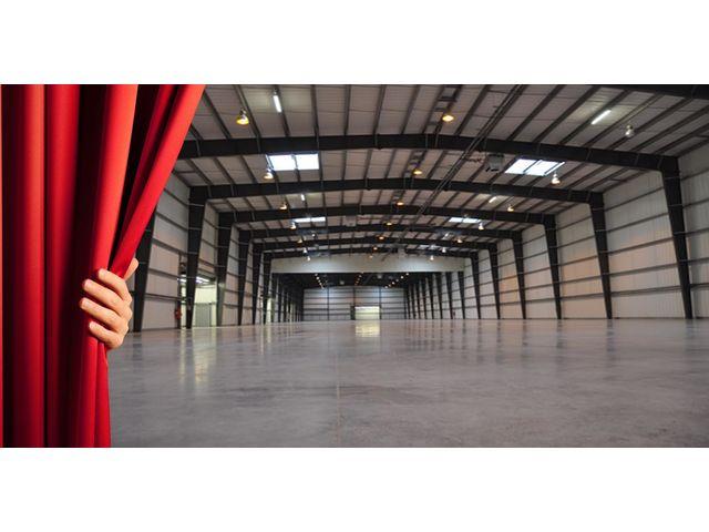 Construction entrep t acier rt2012 contact abri and co for Entrepot de meubles pas cher