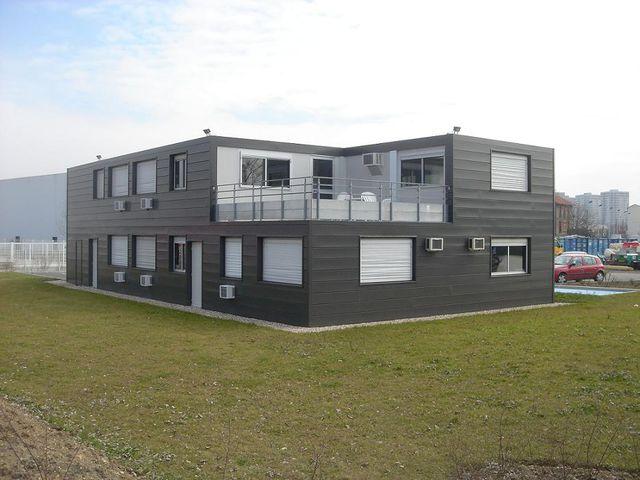 locaux construits par ensemble modulaire contact courant sa constructions modulaires. Black Bedroom Furniture Sets. Home Design Ideas