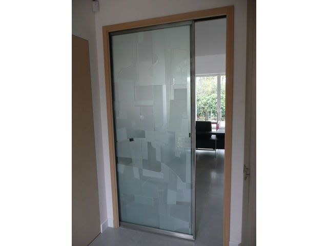 Design verrier d coration sur verre portes et cloisons for Decoration porte verre