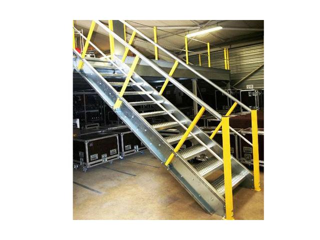 Escalier industriel primoscal contact setam rayonnage et mobilier professio - Escalier industriel prix ...