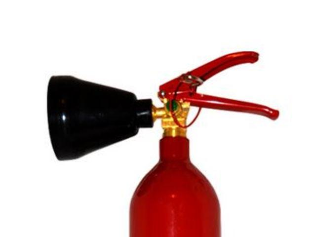 extincteurs gamme co2 contact stop incendie idf. Black Bedroom Furniture Sets. Home Design Ideas
