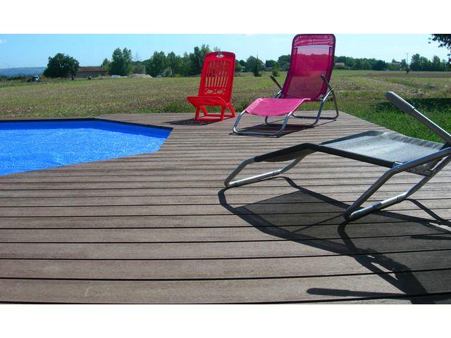 extrusion lame de terrasse en bois composite contact andre bondet sa. Black Bedroom Furniture Sets. Home Design Ideas