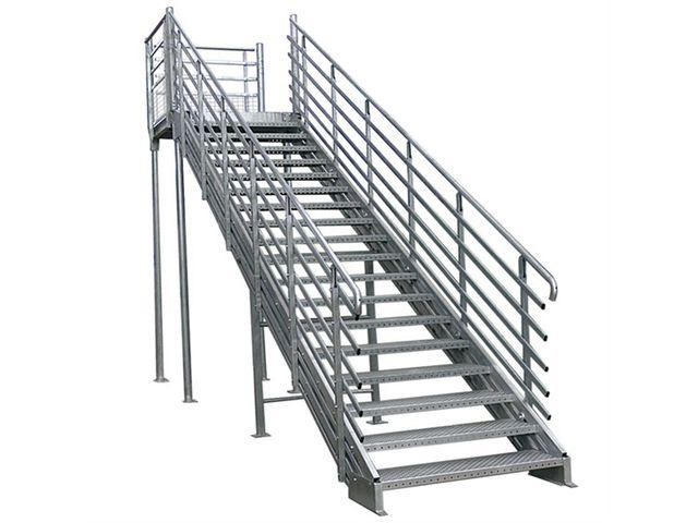 escalier droit metallique industriel