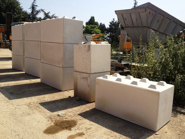 Glissiere beton modulaire contact acgd security for Marche bloc beton prix