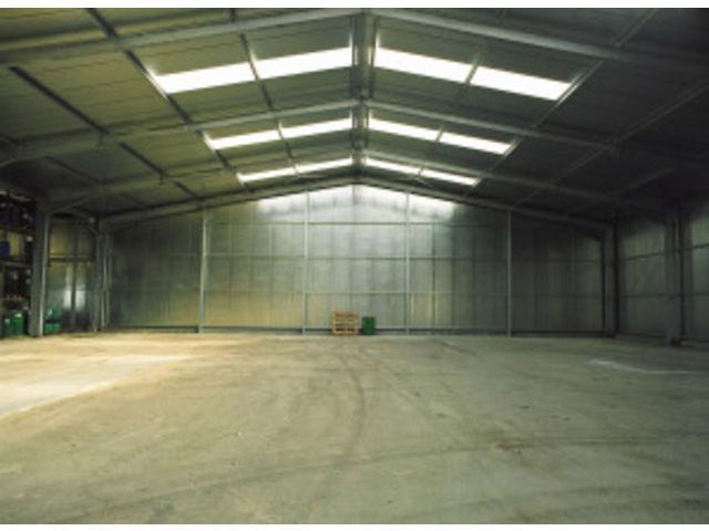 hangar industriel de stockage vente ou location contact vall. Black Bedroom Furniture Sets. Home Design Ideas