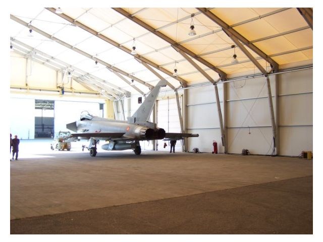 Hangar aviation Vall int.