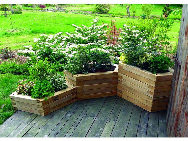 jardiniere bois sur pied lovely potager en bois sur pied voici une slection pour son potager. Black Bedroom Furniture Sets. Home Design Ideas