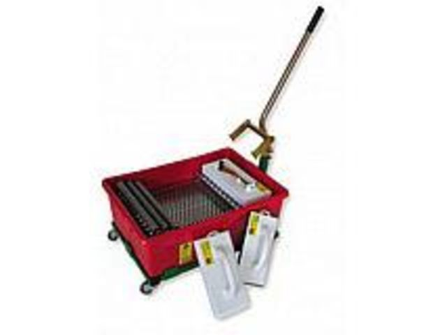 Kit a joints 55 l professionnel mondelin contact protoumat for Kit joint carrelage professionnel