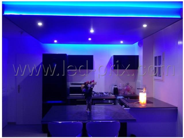 kit ruban led rgb 3 m tres 90 led multicolore 220v contact sarl led prix com. Black Bedroom Furniture Sets. Home Design Ideas