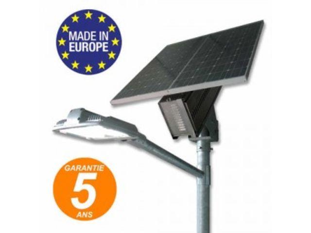 Lampadaire solaire 7m clairage routier lanterne for Candelabre exterieur