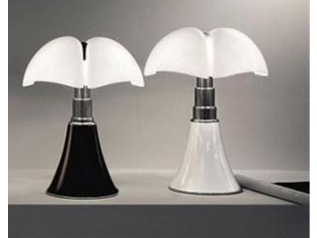 pipistrelle lampe lampe de bureau pipistrello martinelli luce with pipistrelle lampe petite. Black Bedroom Furniture Sets. Home Design Ideas