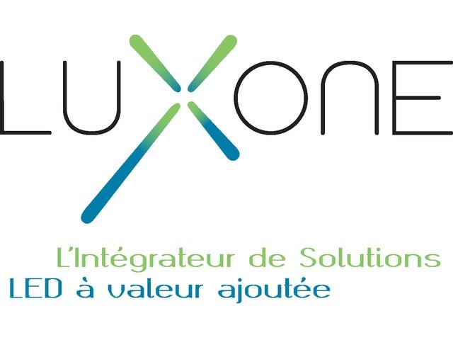 Investissement Un Bâtiment Consommation Projecteur 0 En Main De La Votre Tube Pour Réduire Lampes Projet Clé Led yPvnw8OmN0