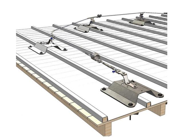 ligne de vie sur toiture zinc en c ble contact pluceo. Black Bedroom Furniture Sets. Home Design Ideas
