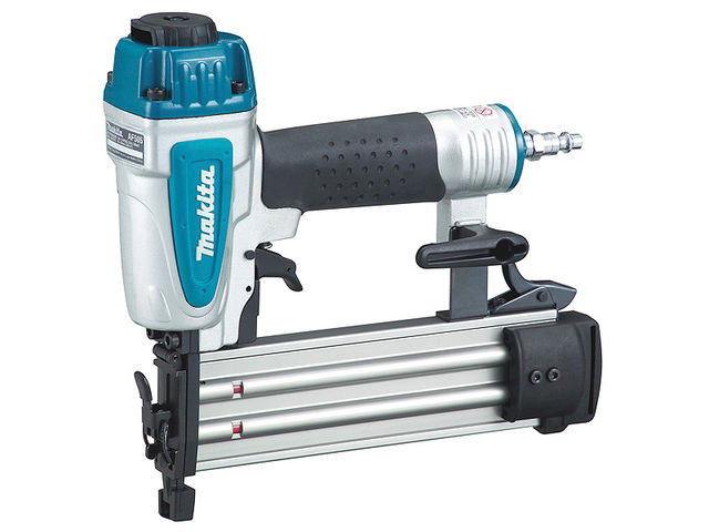 MAKITA-Cloueur pneumatique-AF505