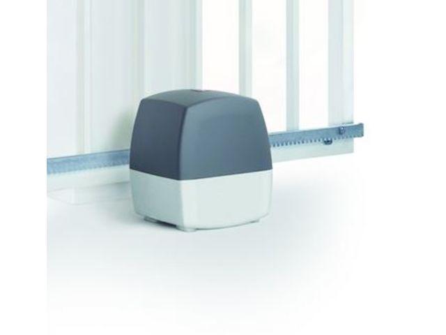 motorisation de portail coulissant lineamatic contact hormann. Black Bedroom Furniture Sets. Home Design Ideas