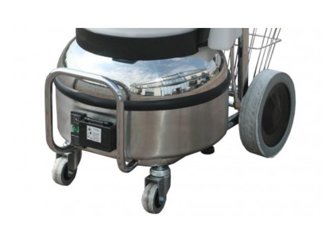 nettoyeur vapeur pour le nettoyage des chambres d 39 h tels. Black Bedroom Furniture Sets. Home Design Ideas