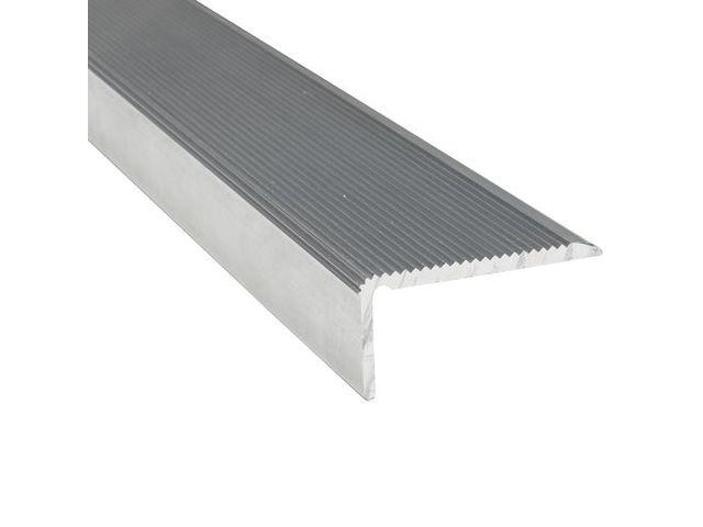 nez de marche antid rapant stri en aluminium contact virages. Black Bedroom Furniture Sets. Home Design Ideas