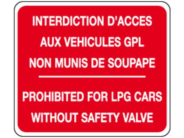 Panneau de parking gpl contact seton for Stationnement devant garage sans panneau