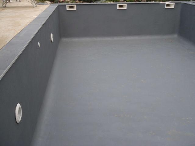 Peinture piscine d coration tanche toutes couleurs contact arcane industries for Peinture pour piscine