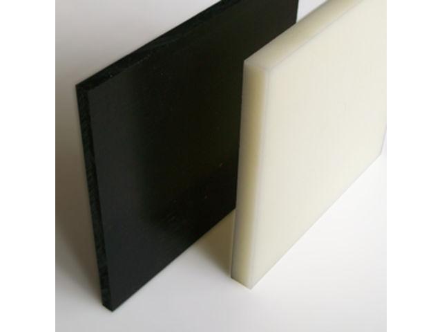 Feuille de nylon noir