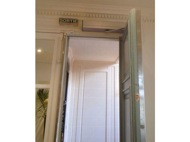 Porte automatique battante tormax imotion 1301 contact for Porte automatique