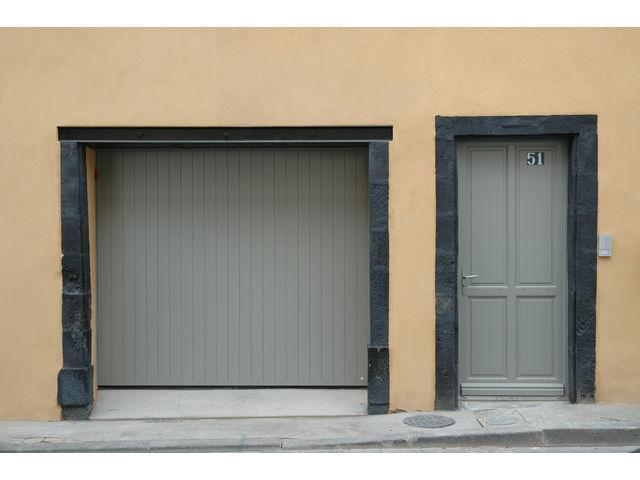 Porte de garage basculante safir m lodia contact for Porte de garage safir