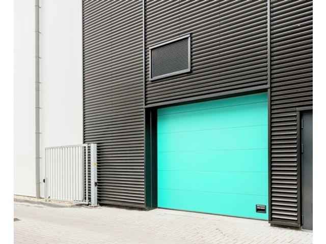 Porte sectionnelle universelle contact assa abloy entrance systems - Porte sectionnelle crawford ...
