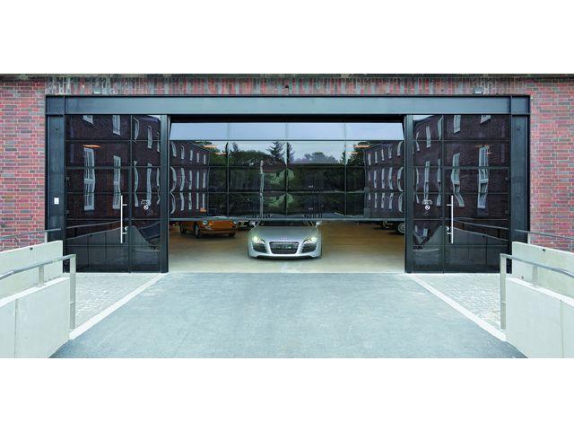 Porte sectionnelle vitr e en aluminium au design exclusif alr f42 vitraplan contact hormann - Porte sectionnelle aluminium ...