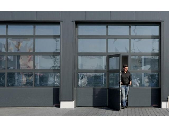 Porte vitr e acier et aluminium apu f42 contact hormann - Porte de garage industrielle sectionnelle ...