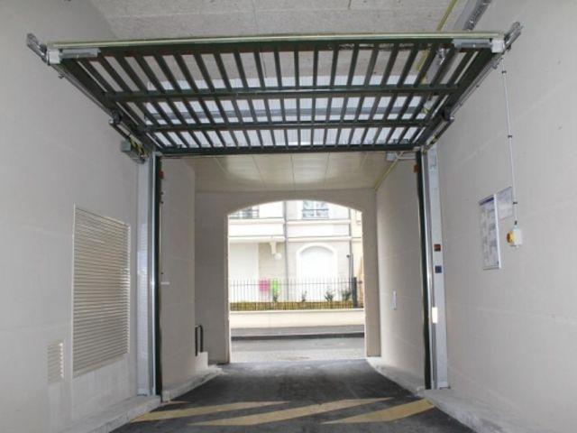 Portes de garage basculantes safir s400 baro pluo for Porte de garage safir