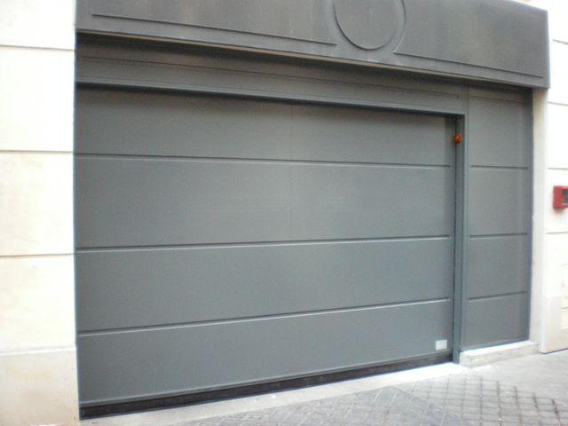 portes de garage basculantes safir s400 t le lisse joints creux contact safir groupe accedia. Black Bedroom Furniture Sets. Home Design Ideas