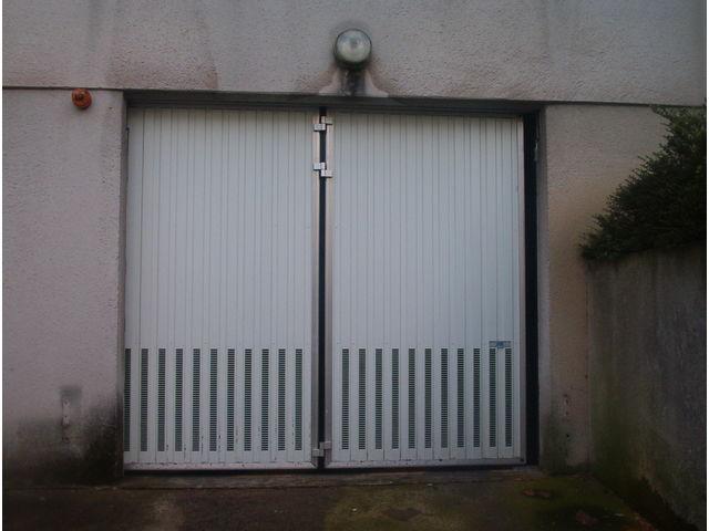 Devis portes de garage en accordéon safir w702 aéro