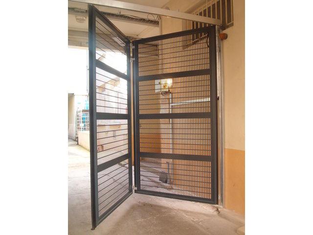 Portes de garage en accordéon safir w702 baro pluo safir