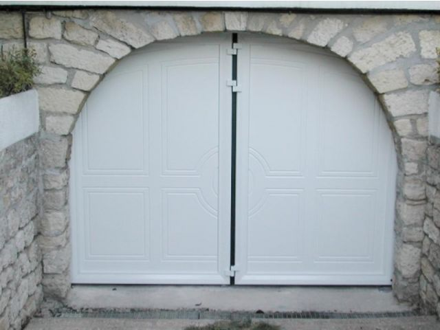 portes de garage en accord on safir w702 d co bois contact groupe safir. Black Bedroom Furniture Sets. Home Design Ideas
