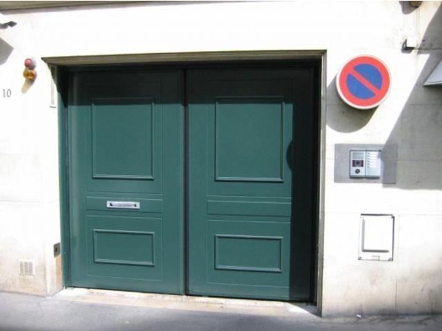 Portes de garage en accord on safir w702 d co bois for Porte de garage safir